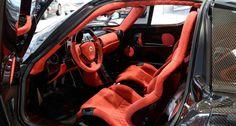 2005 Ferrari Enzo Ferrari  - Exposed Carbon Fibre body