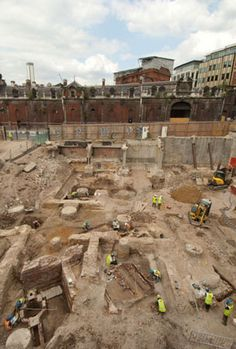 Archaeological excavations by MOLA revealed the remains of a public house known as the Three Tuns at Holborn Bridge. The buildings have medieval origins which were enlarged during the Tudor period and into the 17th and 18th centuries.