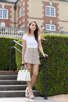 button front skirt with white tee Jessica Ricks Jessica Ricks, Cute Skirts, Mini Skirts, Hapa Time, Le Jolie, Sexy Feet, Lady, Sexy Women, Cute Outfits