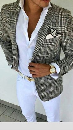White Pants Outfit, Men With Street Style, Mens Fashion Suits, Stylish Men, Swagg, Casual Chic, Smoking, Cool Outfits, Menswear
