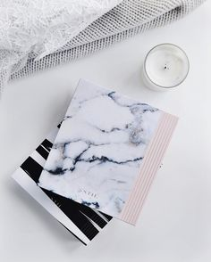 We're showing off our backside today  / shop both patterns via link in bio #designloveplanner #mystilclassics #flatlay #marble