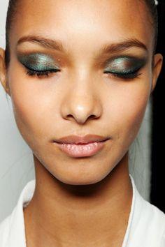 ohyeahfashionjunkie:    Lais' Gorgeous Eye Makeup ♥