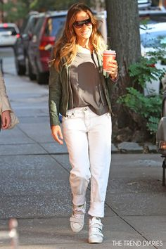 Sarah Jessica Parker out in New York City, New York - October 1, 2013