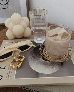 Cream Aesthetic, Aesthetic Coffee, Classy Aesthetic, Brown Aesthetic, Aesthetic Food, Deco Paris, Aesthetic Room Decor, New Room, Harpers Bazaar