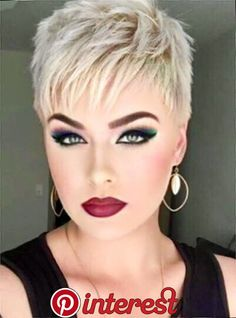Today we have the most stylish 86 Cute Short Pixie Haircuts. We claim that you have never seen such elegant and eye-catching short hairstyles before. Pixie haircut, of course, offers a lot of options for the hair of the ladies'… Continue Reading → Short Pixie Haircuts, Cute Hairstyles For Short Hair, Short Hair Cuts For Women, Trending Hairstyles, Pixie Hairstyles, Curly Hair Styles, Blonde Hairstyles, Punk Pixie Haircut, Beautiful Hairstyles