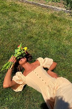 Summer Aesthetic, Aesthetic Photo, Aesthetic Clothes, Aesthetic Fashion, Aesthetic Girl, Picnic Photo Shoot, How To Have Style, Picnic Outfits, Picnic Dress