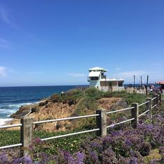La Jolla, you sure know how to take our breath away!  #lajolla #lajollacove #lajollashores #lajollabeach #lajollalife #beach #beachy #beachtown #beachlife #socal #sandiego #sandiego_ca #sandiegogram #sandiegolivin #sandiegolove #sandiegoliving #sdlife #sdlove #blueskies #cali #california #californiagirl #californialove #californiadreaming #calilove #calilife #caligirl #lajollalocals #sandiegoconnection #sdlocals - posted by Fun In SoCal  https://www.instagram.com/funinsocal. See more post on…