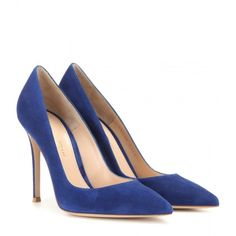 Gianvito Rossi Suede Pumps ($595) ❤ liked on Polyvore featuring shoes, pumps, heels, sapatos, blue, gianvito rossi shoes, heels & pumps, blue heel pumps, blue shoes and blue heel shoes