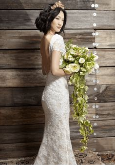 Ivy & Aster Gowns