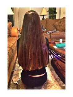 Look that amazing brown hair Long To Short Hair, Long Dark Hair, Long Natural Hair, Super Long Hair, Braids For Long Hair, Long Hair Styles, Beautiful Long Hair, Gorgeous Hair, Rapunzel
