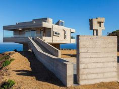 'Casa Mirador' by Gubbins Arquitectos in Chile: http://www.playmagazine.info/casa-mirador-by-gubbins-arquitectos-in-chile/