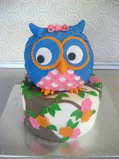 Devanys Designs: Another Owl Cake Bridal Shower Cakes, Baby Shower Cakes, Cake Cookies, Cupcake Cakes, Owl Food, Custom Birthday Cakes, Fall Wedding Cakes, 2nd Birthday Parties, Kid Parties