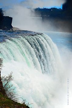 Niagra Falls | Flickr - Um, yes, I keep forgetting, there is this reason to visit our area too!  It's not just about the wine!  Wait, it's not?  LOL come see us and stay at Vinifera, The Inn on Winery Row, West Niagara Wine Route.