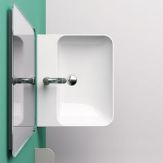 The future of ceramic washbasin manufacturing is here. Inspired by nature and characterised by smooth lines with slim edges, the Green Collection is the culmination of Catalano's vigorous pursuit to create a 'life-cycle' designed, environmentally sustainable washbasin.