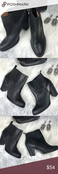 LUCKY BRAND ANKLE BOOTS SIZE 10 3.5 INCH HEEL LUCKY BRAND ANKLE BOOTS SIZE 10 3.5 INCH HEEL   Lucky Brand Black stretch ankle boot Heel 3 1/2 inch Ankle Circumference 12 inch. Leather upper, man made sole.  Boot is in excellent used condition. Wear with a flirty dress or your favorite cut up denim jean with the ankles rolled up. Lucky Brand Shoes Ankle Boots & Booties