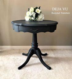 Vintage Furniture, Table, Home Decor, Decoration Home, Room Decor, Tables, Home Interior Design, Desk, Tabletop