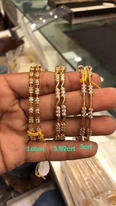 Saved by radha reddy garisa Gold Bangles Design, Gold Earrings Designs, Jewelry Design, Designer Bangles, Gold Jewelry Simple, Diamond Bangle, Jewelry Patterns, Bangle Bracelets, Jewels