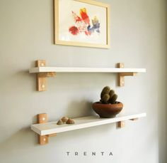 Wooden Shelf Design, Diy Wood Shelves, Wall Shelves Design, Floating Shelves Diy, Homemade Furniture, Diy Furniture, Bedroom Plants Decor, Home Decor Hooks, Diy Wood Projects
