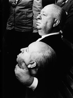 Alfred Hitchcock on the set of Frenzy Is there any portraits of… Alfred Hitchcock, Funny Vintage Photos, Vintage Humor, Funny Photos, Classic Hollywood, Old Hollywood, Hollywood Photo, Hollywood Glamour, Photo Star