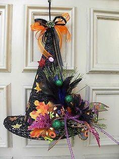 Best 12 Floral Halloween Witches Hat Door Wreath by nadinek Halloween Door Wreaths, Halloween Deco Mesh, Halloween Witch Hat, Halloween Party Decor, Holidays Halloween, Halloween Crafts, Witch Hats, Witch Broom, Halloween Items
