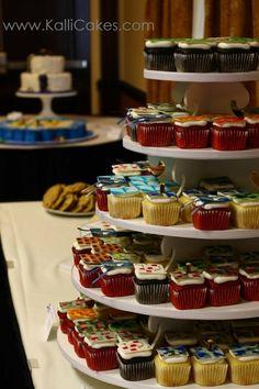 cupcake blocks to represent: Squid, Creeper, Redstone Ore with Torch, Brick, Gold Ore and Diamond blocks