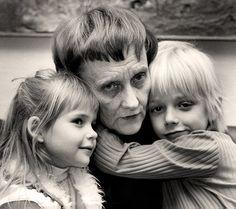 """Astrid Lindgren med """"Emil"""" och Ida"""""""