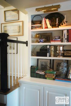 The Cottage Next Door: A Peek at Nancy's Living Room - Nell Hills