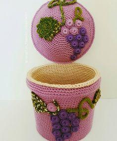 Mutlu akşamlar  #sipariş #siparisalinir#çorapçiçekler#gelinbuketi #örgü  #elemegi  #dekoratif #decoration #sehpaörtüsü #örgümüseviyorum  #tasarım #hobilerim #evdekorasyonu  #instafollow #instalike #instaflower  #rose #mandala#knitting #supla#tbt  #bardakaltligi#tığişi#kisiyeozeltasarim #sepet #penyeip #puf#gramorgu #hayatburada#dubaifashion