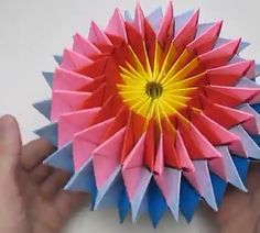 Fun Origami Ideas For Christmas - DIY Tutorials Videos Origami And Quilling, Paper Crafts Origami, Paper Crafts For Kids, Origami Art, Diy Arts And Crafts, Creative Crafts, Paper Folding Crafts, Oragami, Paper Flowers Craft