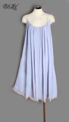 1960s Lucie Ann Lavender Night Gown