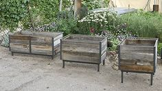 Garden Planters Made Of Pallets | RAISED GARDEN BEDS, PLANTERS, please view different models