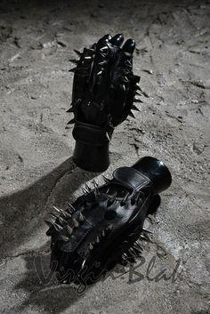 Metal Spike Studded Fingerless Gloves 8TV $17.99http://www.virginblak.com/accessories/8tv.html