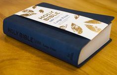 NIV Large Print Bible with 12pt, single-column text, cross-references and concordance. This beautiful navy blue soft-tone edition is an ideal gift.  NIV Large Print Single Column Deluxe Reference Bible ISBN: 9781473607606