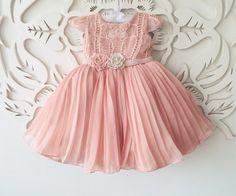 Vestido rosa seco renascença plissado