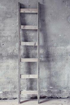 Steigerhout / Ladder Decoreren met plaids / magazines