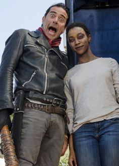 Sonequa Martin-Green and Jeffrey Dean Morgan behind the scenes of The Walking Dead Season 7 Episode 16   The First Day of the Rest of Your Life