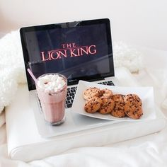Cookies, food, and the lion king resmi