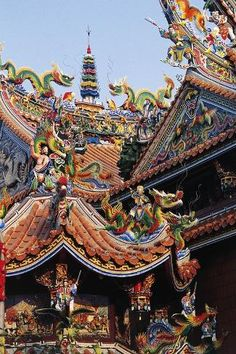 size: Giclee Print: External Decorations of Taoist Szutsao Temple, Tainan, Taiwan : Yosemite National Park, National Parks, Unusual Buildings, Honeymoon Places, Murals Street Art, Zodiac Art, Ways Of Seeing, Taiwan, Find Art