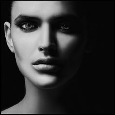 The Amazing BW portrait photography of Carsten Witte - Make your ideas Art