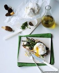 Asparagus with Poached Egg Recipe | Martha Stewart