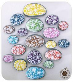 Painted pebbles - Marie Claire Idées