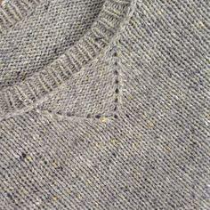 Some nice details of Redford sweatshirt.                                  Pattern by Julie Hoover (BT)