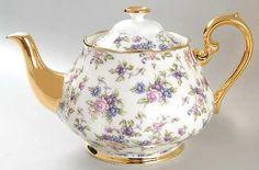 Royal Albert 100 Years of Royal Albert Teapot & Lid