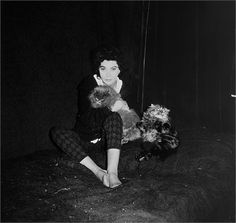 Leonor Fini and her cats (1958).