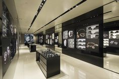 EA Watch and Jewelry Fagship Store_HK Queen's Rd_ (4)