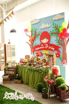 Little Red Riding Hood Birthday Party by Cupcakes Moment  Dessert Table