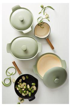 Country Kitchen Cabinets, Kitchen Decor, Kitchen Design, Kitchen Cook, Kitchen Taps, Cookware Set, Kitchen Accessories, Dining Room Design, Gadgets