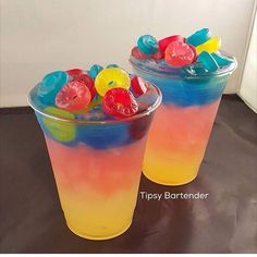 PARADISE MIX Sweet & Sour Kinky Liqueur Bacardi Pineapple Rum Gypsy Vodka Dekuyper Blue Curacao Fresh Lemon Juice I would try to make it kid friendly Craft Cocktails, Party Drinks, Fun Drinks, Alcoholic Drinks, Drinks With Candy, Candy Alcohol Drinks, Fruity Mixed Drinks, Liquor Drinks, Juice Drinks