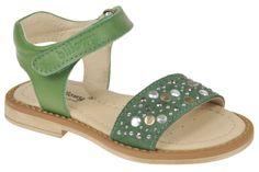 Sandalia Moda Infantil Modelo 5804C85 Napa Verde talla 24 al 33 Sandals, Shoes, Fashion, Templates, Kids Fashion, Spring Summer, Over Knee Socks, Green, Moda