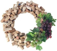 Wine cork craft project Ideas, wine cork place card holders, wine cork ideas